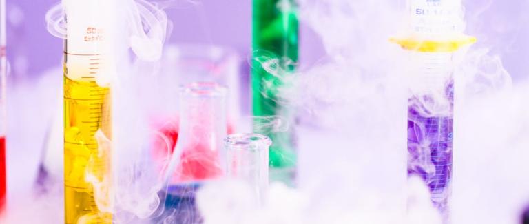 [interview] Rester compétitif dans un secteur en pleine mutation : comment AVEVA accompagne les industries cosmétiques et pharmaceutiques dans leur digitalisation ?