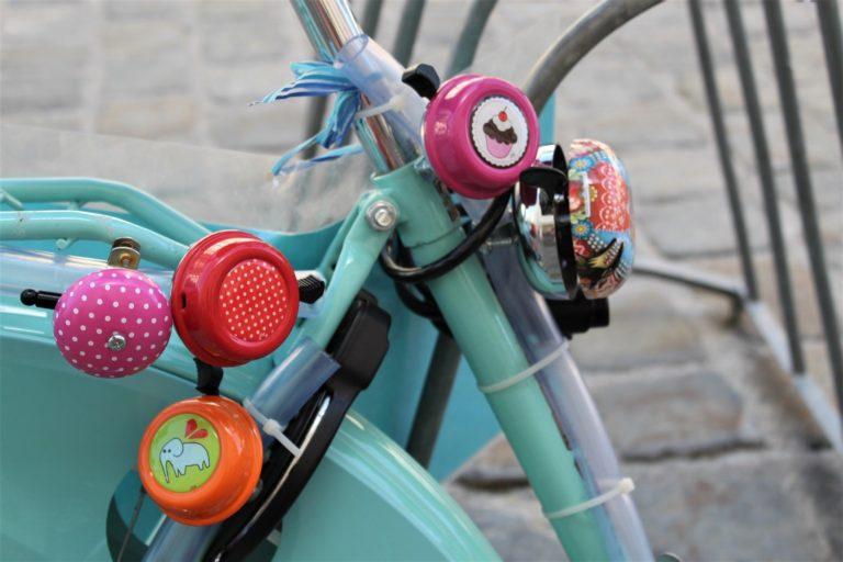 Utilisez la sonnette de vos vélos !
